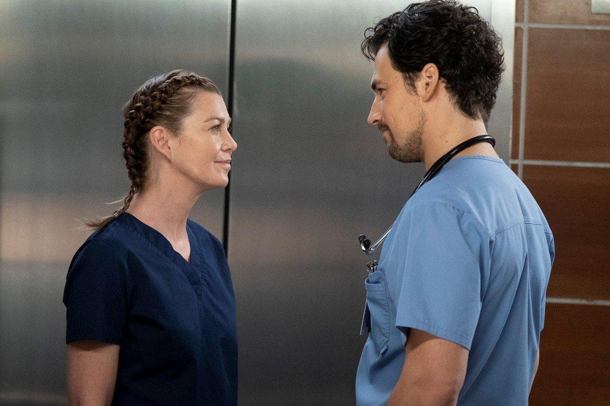 Anatomía De Grey Explorará En Su Temporada 17 El Triángulo De Meredith Fuera De Series