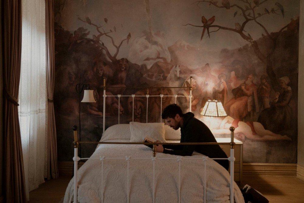 Toby Kebbell es uno de los protagonistas de 'Servant'. (Fuente: Apple TV+)